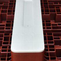 pallet-di-plastica-descrizione-contenimento-piattina